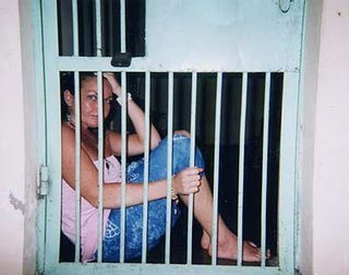 schapelle-corby-in-cage